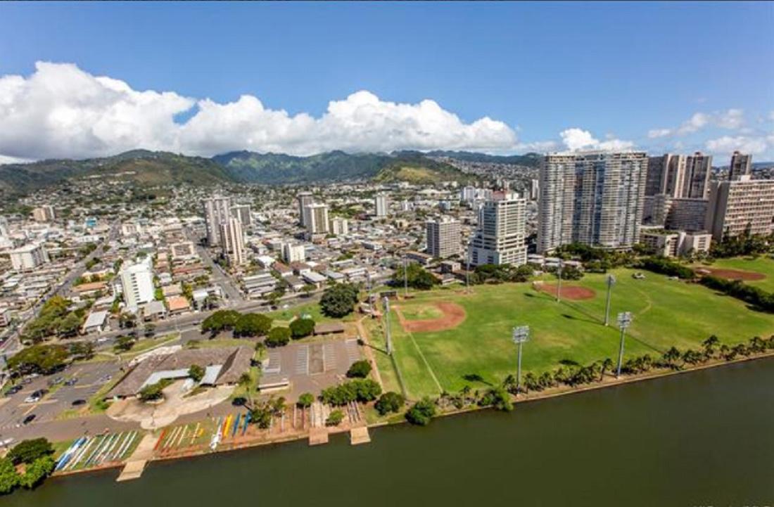 Hawaiian Monarch #3406A