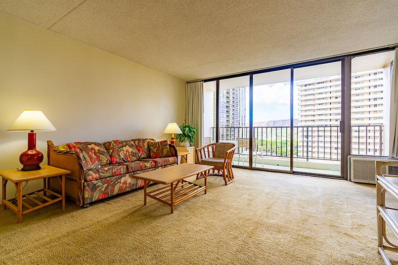 Waikiki Banyan #1713-TI | ワイキキ・バニヤン #1713-T1